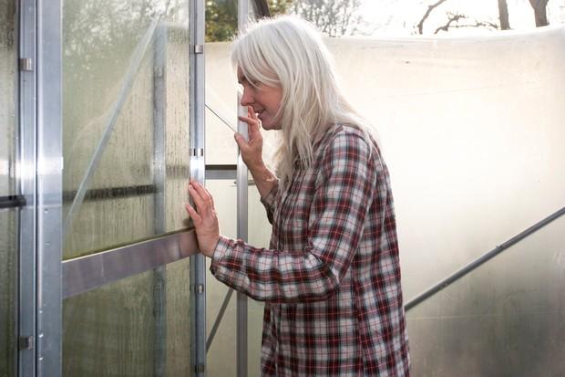 Opening a greenhouse sliding door