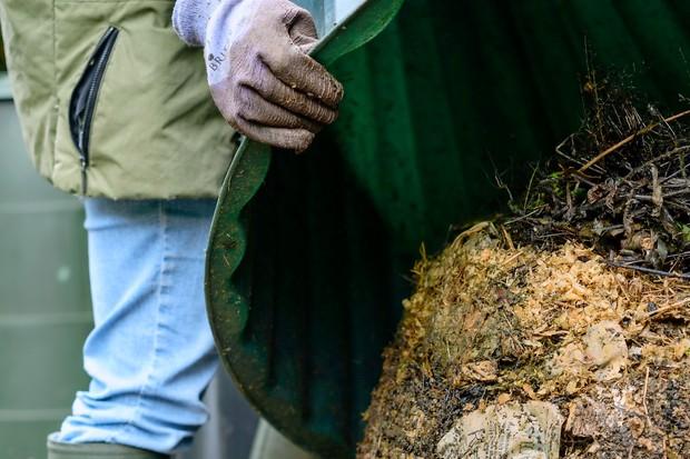 turn-compost-2