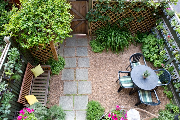 Six Ideas For Garden Screens Bbc Gardeners World Magazine
