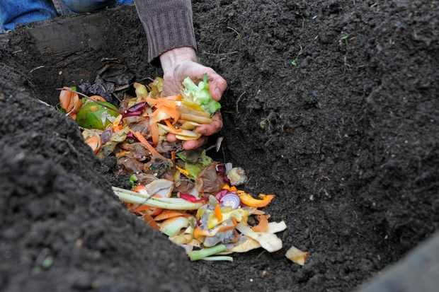 How to make a composting trench