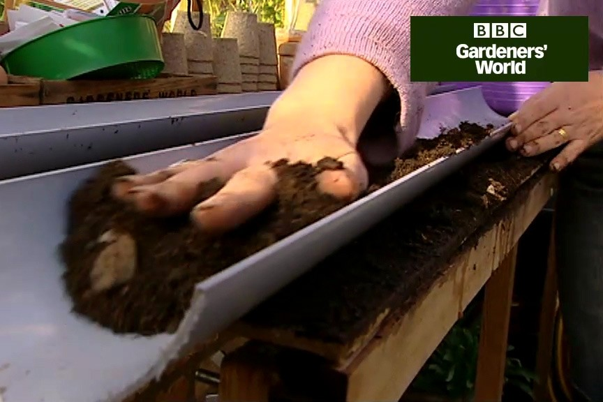 How to grow salad leaves in guttering video