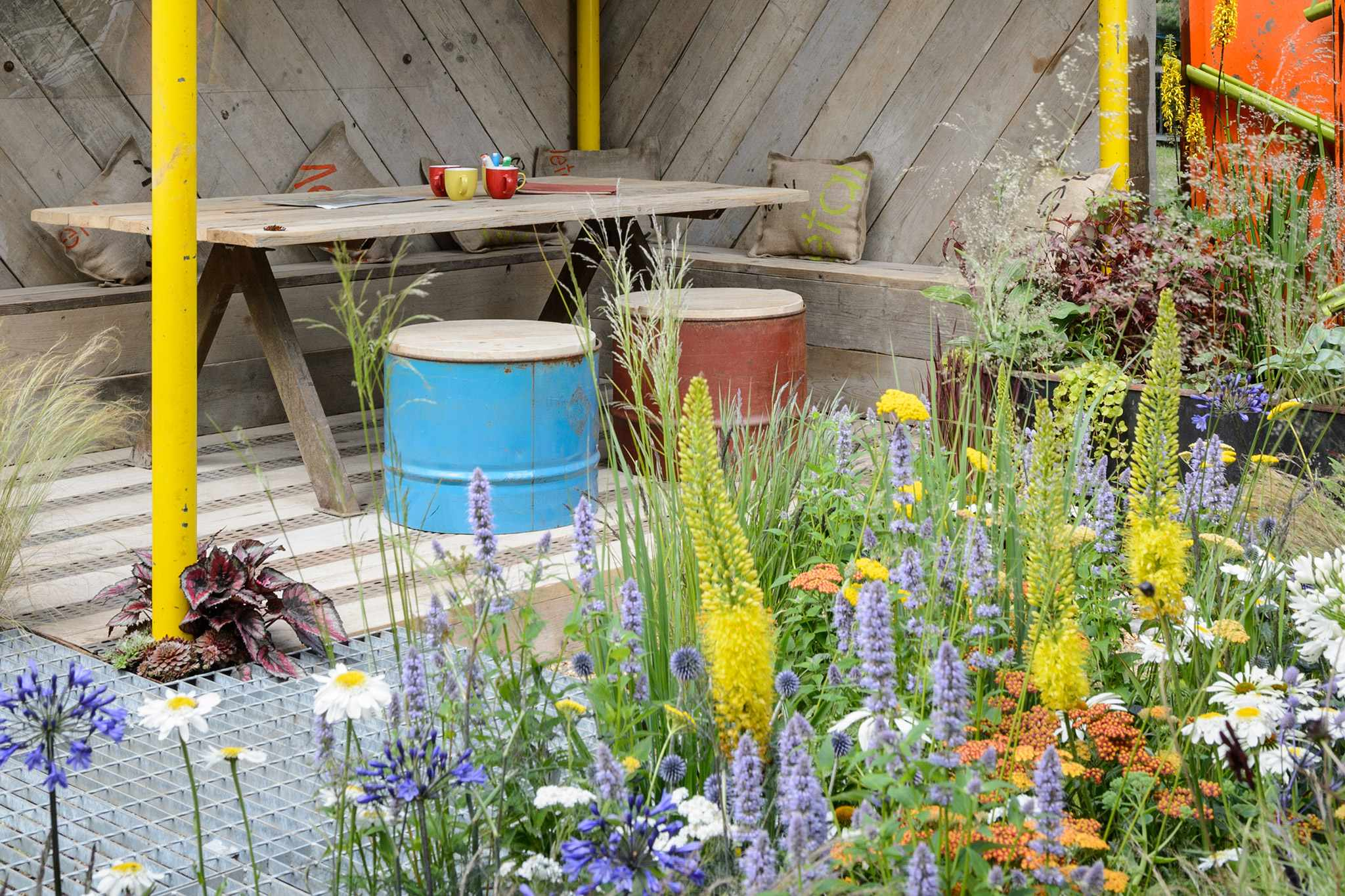 Nine Ideas for Garden Seating