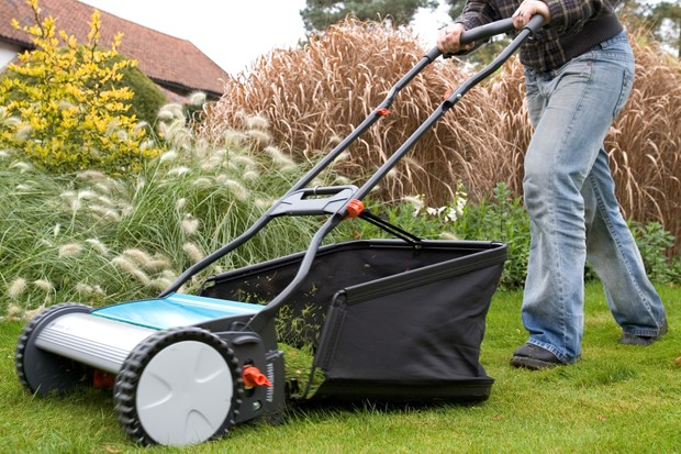 Mowing a lawn with a push-mower