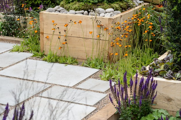 wooden-raised-beds-2