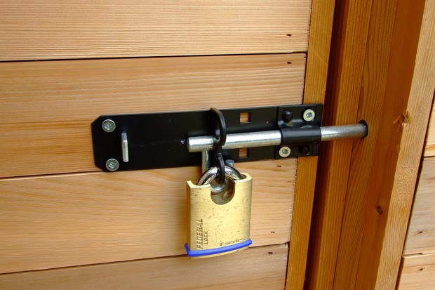 How to clean and repair your garden shed - fixing a padlock