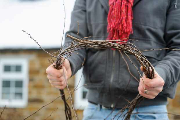 tying-birch-twigs-into-a-circle-2