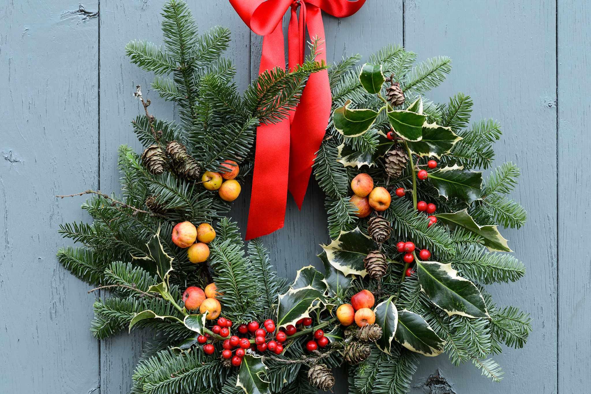 How To Make a Festive Wreath