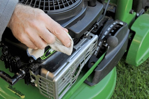 Cleaning a mower