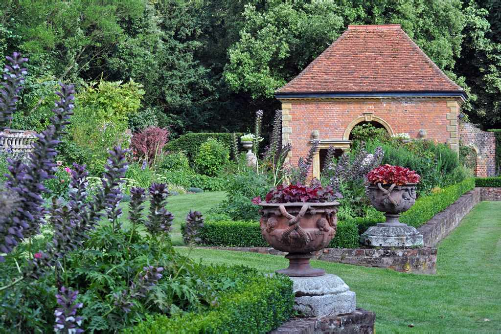 The Gardens of Easton Lodge