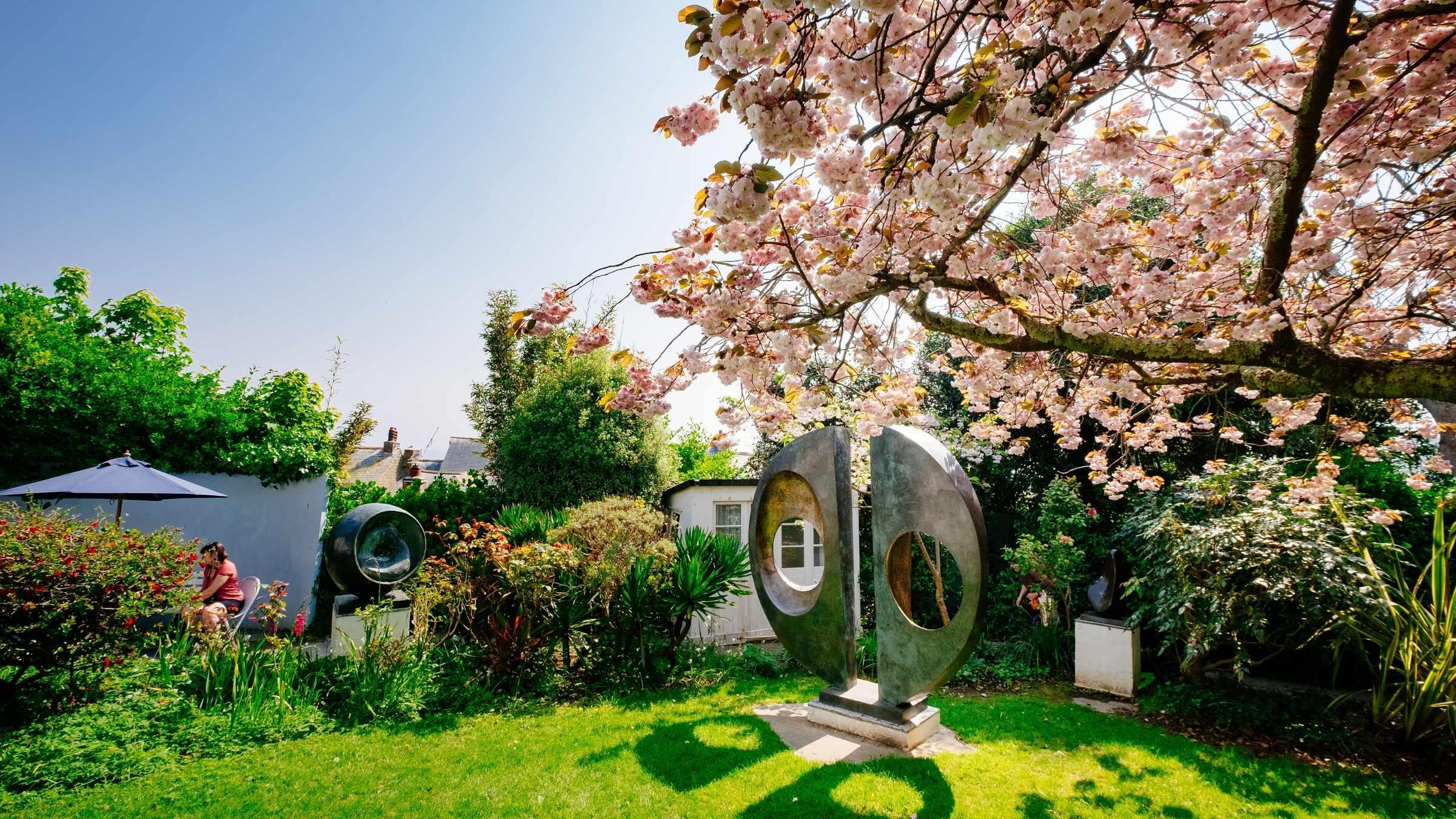 Barbara Hepworth Museum & Sculpture Garden