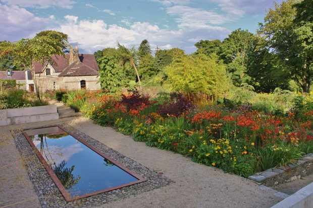 2-for-1 Gardens to Visit - BBC Gardeners' World Magazine