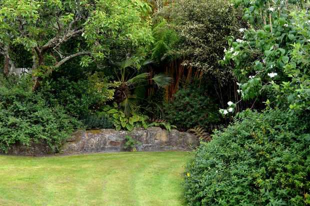 Roseland House Garden