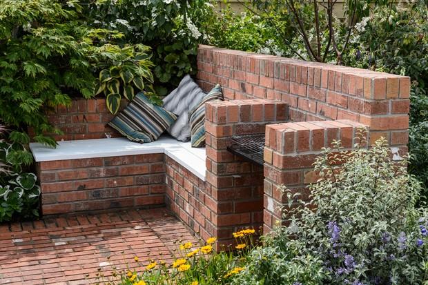 Beginner gardening tips - enjoy your garden
