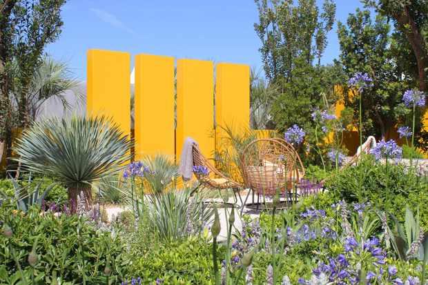 The Santa Rita 'Living La Vida 120' Garden at Hampton Court Palace Flower Show 2018, designed by Alan Rudden