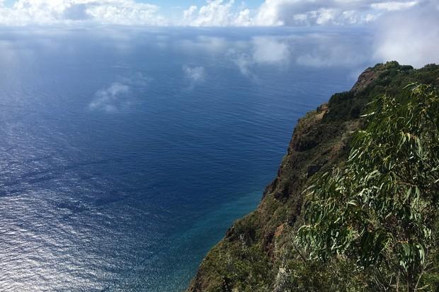 madeira-cabo-girao-sea-cliff-2048-1365