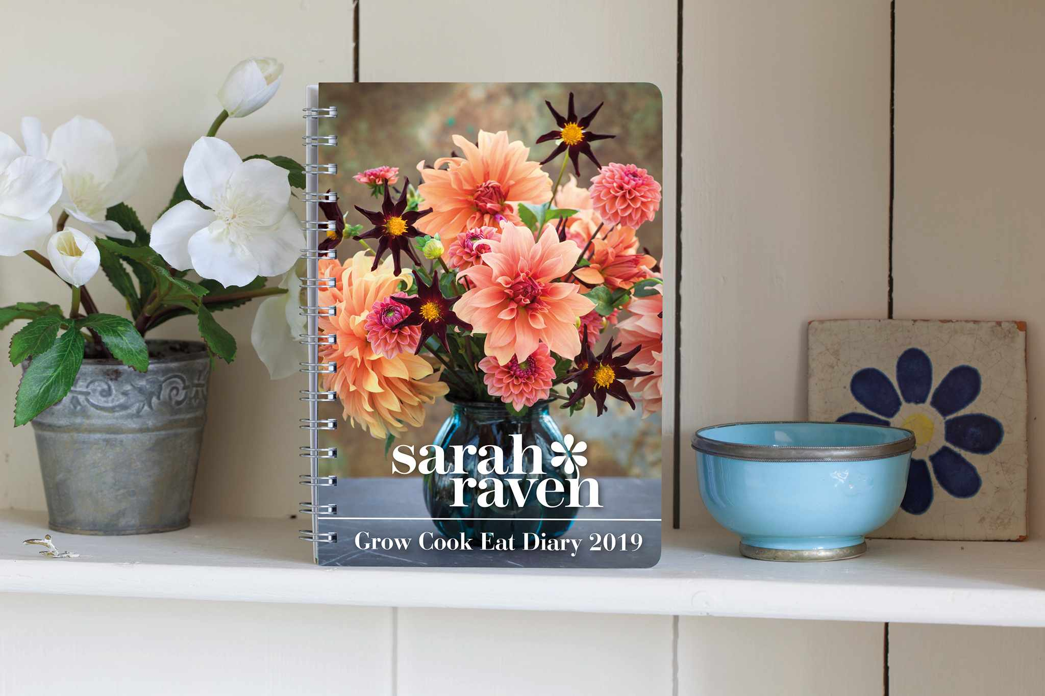 sarah-raven-subs-free-2019-diary-2048-1365