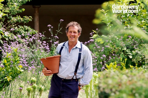 Gardeners' World Magazine September 2019 cover shoot with Monty Don