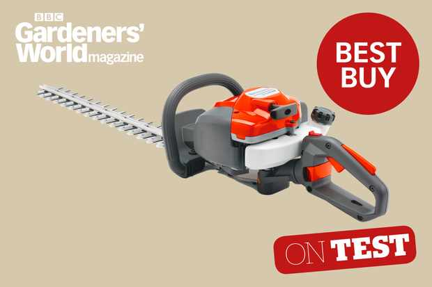 Husqvarna 122HD60 hedge trimmer product review from the experts at BBC Gardeners' World Magazine