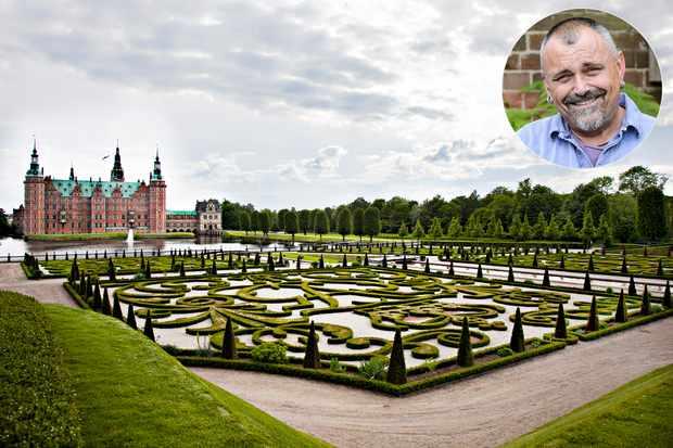Frederlksborg Castle Gardens