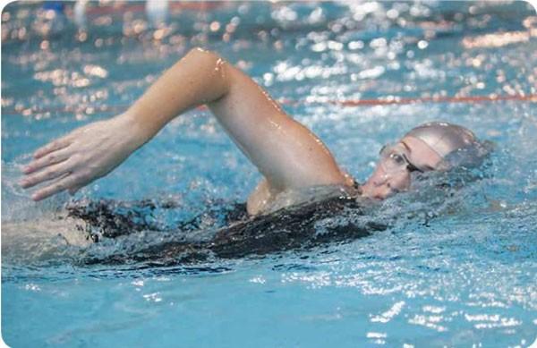 Minimalism Rosee Woodland swimming