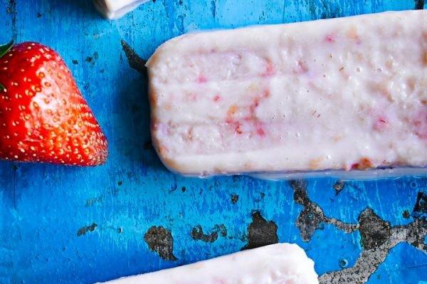 Strawberry cream lolly recipe