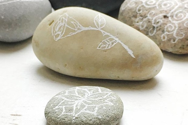 Decorated pebbles for mindfulness