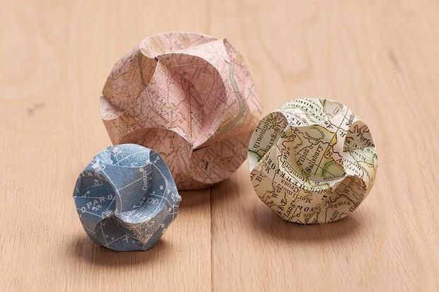 Origami paper globes