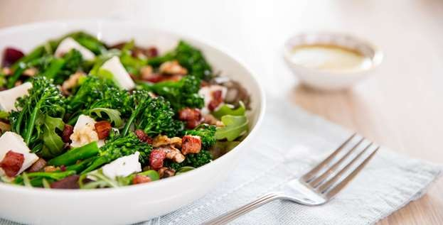 Tenderstem, pancetta and goat's cheese salad