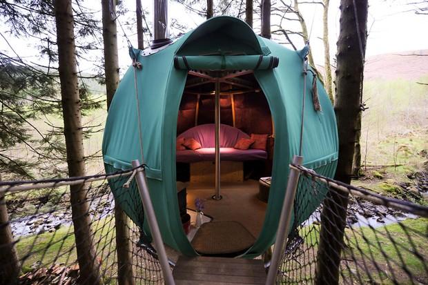 Red Kite tree tent