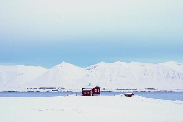 Norwegian cabin in the snow