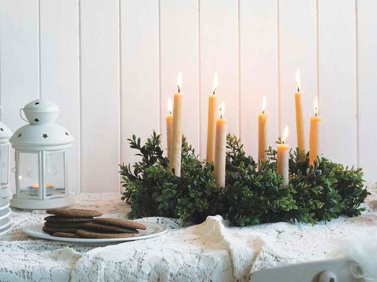 Make a Scandinavian Lucia evergreen table wreath for Christmas