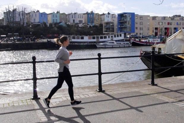 Kate Bennett jogging