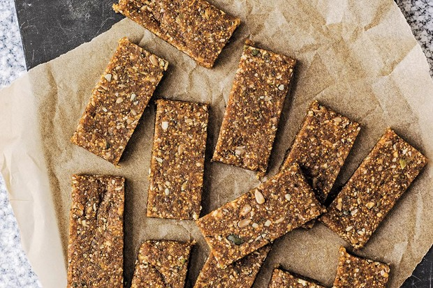 Sugar free peanut snack bars recipe