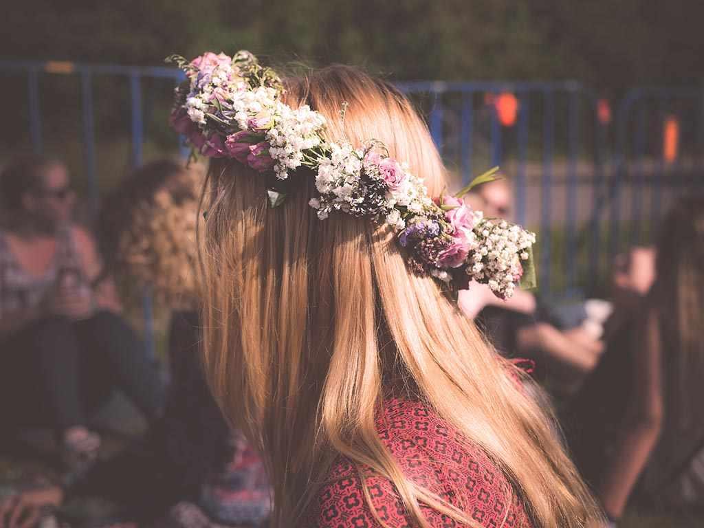 Girl wearing a flower crown