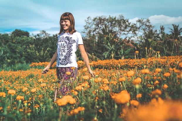Flowers by Artem Bali