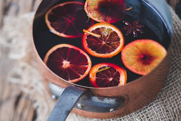 Copper pan filled with mulled wine