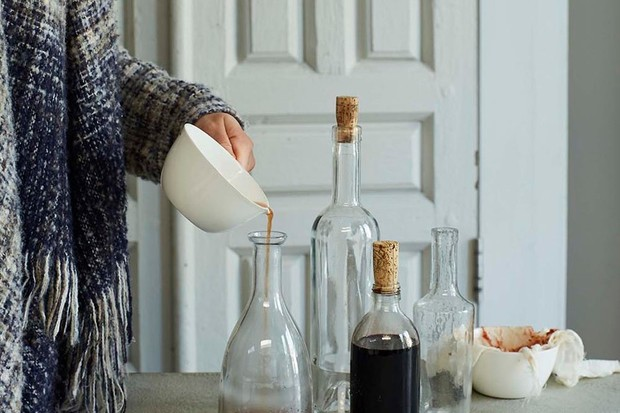 Elderberry syrup with echinacea recipe by Rachel de Thample
