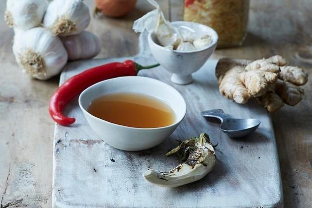 Everyday health tonic recipe by Rachel de Thample