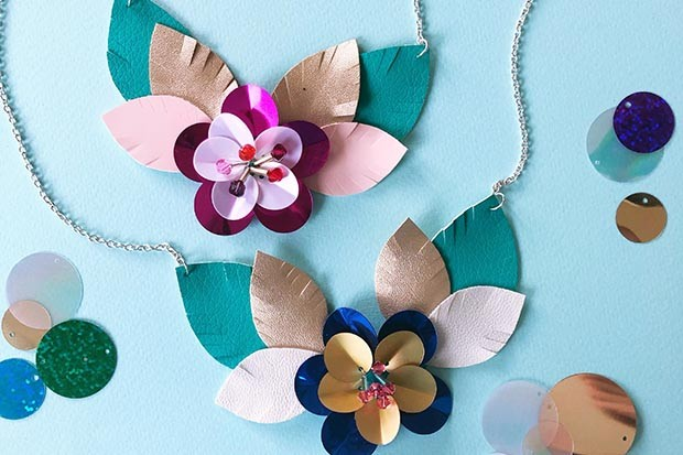 Paper necklace designed by Christine Leech