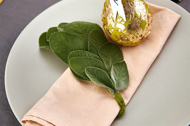 Learn how to make a herb napkin ring