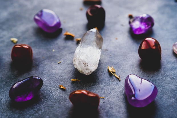 How to use crystals for mindfulness: a beginner's guide