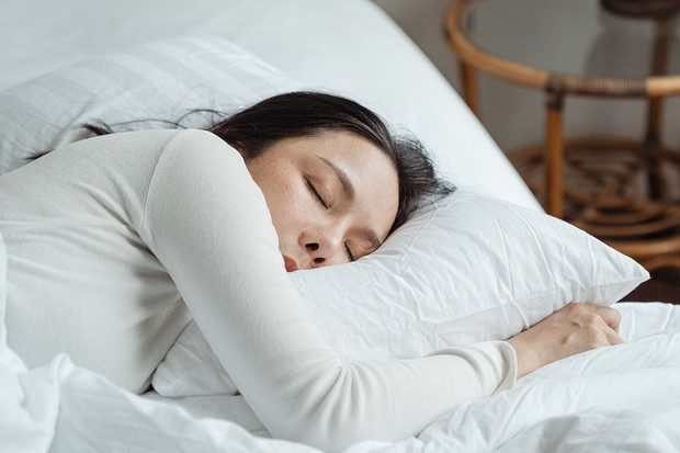 What is beauty sleep? Discover how to feel rested and refreshed
