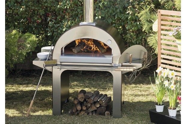 Stainless steel Forno 4 Pizze Pizza Oven on wheels by Bradley Stoves Sussex LTD