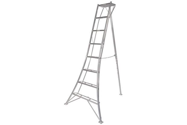 8'_tripod_ladder