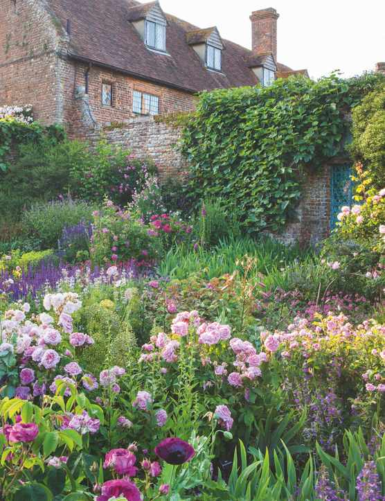 Six of the best garden podcasts - Gardens Illustrated