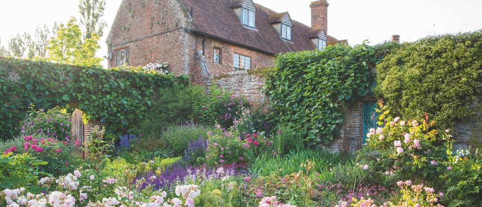 Rose garden at Sissinghurst Castle