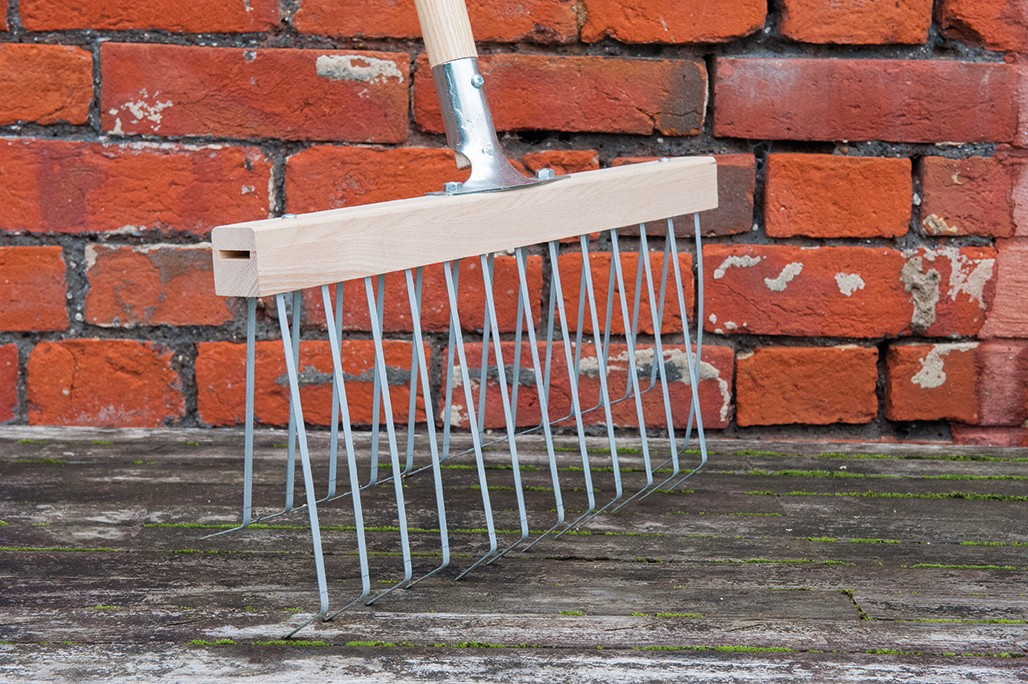 Double action garden rakes