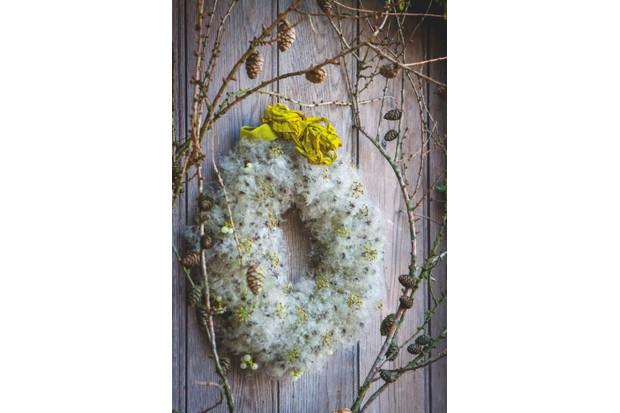 Seedhead wreath