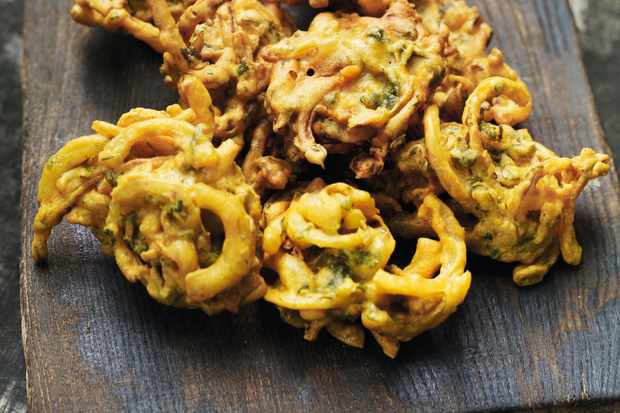 This easy-to-make recipe for onion bahjees uses chickpea flour and spices