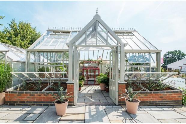 Hampton Court - Victorian lodge